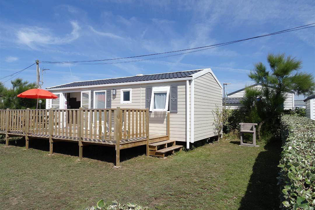 Mobil-home Famille 3 chambres grande terrasse location Guidel Morbihan Bretagne